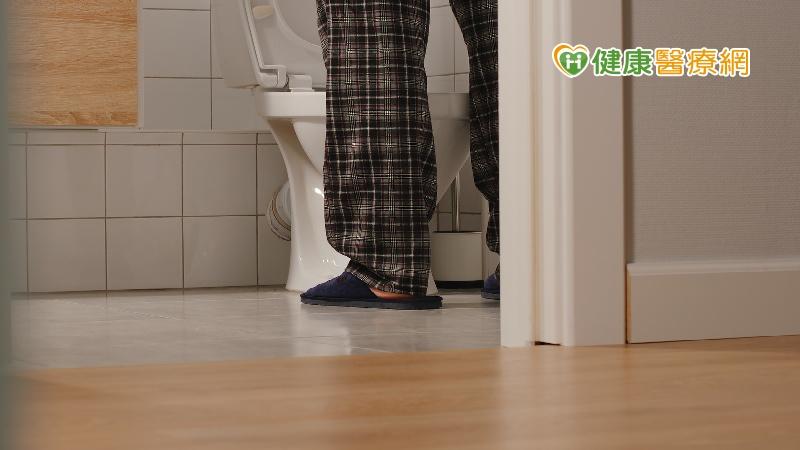 睡到一半被尿液喚醒?  專家揭夜尿4大原因