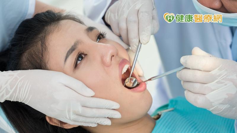 服用抗骨吸收藥物 醫籲拔牙、植牙前停看聽