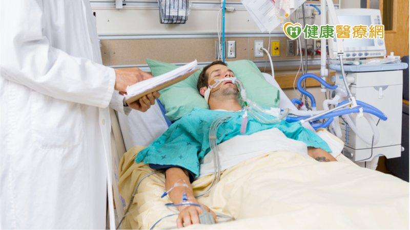 「快樂缺氧」被告知插管要緊嗎? 專科醫師解釋原因