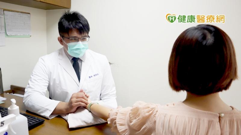 口乾舌燥以為更年期提早報到? 中醫確診為乾燥症